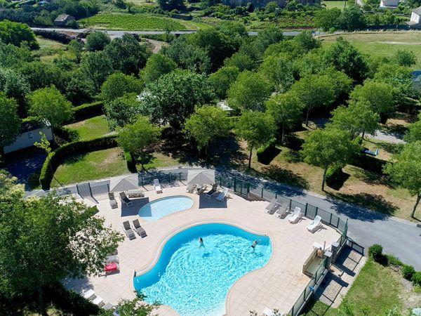La piscine et la pataugeoire